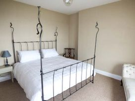 Sea View Apartment - North Wales - 924749 - thumbnail photo 3