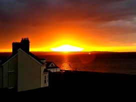 Sea View Apartment - North Wales - 924749 - thumbnail photo 23