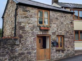 1 bedroom Cottage for rent in Abergavenny