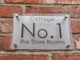 The Store Rooms - Whitby & North Yorkshire - 925668 - thumbnail photo 2