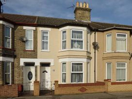 3 bedroom Cottage for rent in Lowestoft