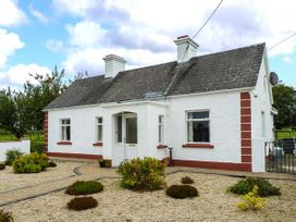Rook Hill Cottage - Shancroagh & County Galway - 925875 - thumbnail photo 1