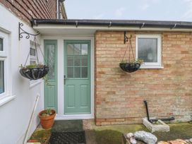 3 Seaview Cottages - Kent & Sussex - 925937 - thumbnail photo 2