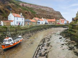 Bulmers Cottage - Whitby & North Yorkshire - 926017 - thumbnail photo 7