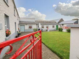 Ballykeeffe Farmhouse - East Ireland - 926122 - thumbnail photo 2