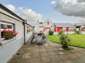 Ballykeeffe Farmhouse - East Ireland - 926122 - thumbnail photo 18