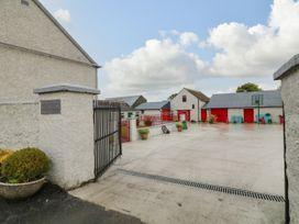 Ballykeeffe Farmhouse - East Ireland - 926122 - thumbnail photo 19