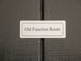 Old Function Rooms - Lincolnshire - 926195 - thumbnail photo 3