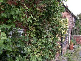 Caro's Cottage - Shropshire - 926224 - thumbnail photo 15