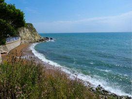 Beachcombers - Isle of Wight & Hampshire - 926288 - thumbnail photo 17