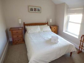 Y Castell Apartment 3 - North Wales - 926396 - thumbnail photo 6