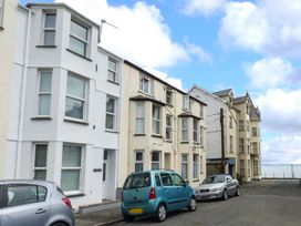 Y Castell Apartment 3 - North Wales - 926396 - thumbnail photo 1