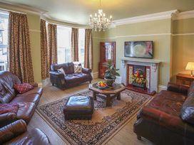 Mayville House - Whitby & North Yorkshire - 926450 - thumbnail photo 3