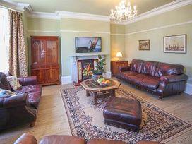 Mayville House - Whitby & North Yorkshire - 926450 - thumbnail photo 4
