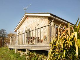 Swallows - Isle of Wight & Hampshire - 926490 - thumbnail photo 2
