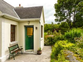 Hawthorn Farm Cottage - County Sligo - 926560 - thumbnail photo 2