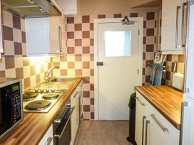 Y Castell Apartment 1 - North Wales - 926578 - thumbnail photo 6