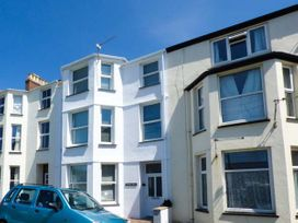 Y Castell Apartment 2 - North Wales - 926579 - thumbnail photo 2