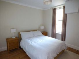 Y Castell Apartment 2 - North Wales - 926579 - thumbnail photo 7