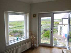 Ty'r Enfys Bach - Upper - Anglesey - 926596 - thumbnail photo 9