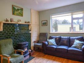 Lough Fee Cottage - Shancroagh & County Galway - 927184 - thumbnail photo 3