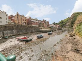The Barn - North Yorkshire (incl. Whitby) - 927339 - thumbnail photo 22