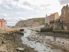 The Barn - North Yorkshire (incl. Whitby) - 927339 - thumbnail photo 23