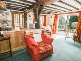 White Cottage - Shropshire - 927354 - thumbnail photo 3