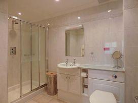4 Beachcombers Apartments - Cornwall - 927396 - thumbnail photo 8