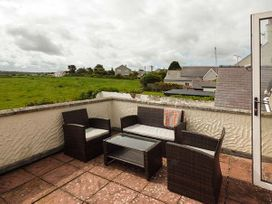 Hyfrydle Apartment - Anglesey - 927582 - thumbnail photo 10