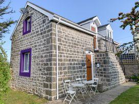 The Coach House - South Wales - 928190 - thumbnail photo 2