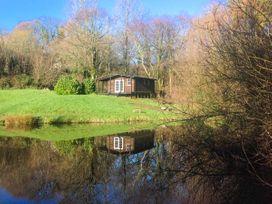 Lakeside Cabin - Devon - 928393 - thumbnail photo 3