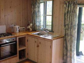 Lakeside Cabin - Devon - 928393 - thumbnail photo 6