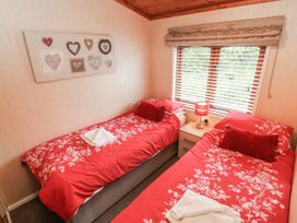 Brook Edge Lodge - Lake District - 928815 - thumbnail photo 10