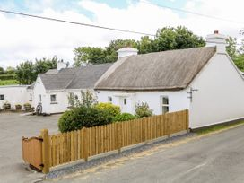 Whispering Willows - The Thatch - County Donegal - 928919 - thumbnail photo 3
