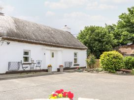 Whispering Willows - The Thatch - County Donegal - 928919 - thumbnail photo 1