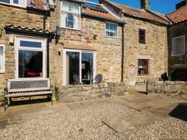 Fairhaven Cottage - Whitby & North Yorkshire - 929095 - thumbnail photo 2