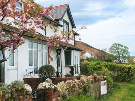 4 bedroom Cottage for rent in Conwy
