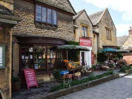 The Stables - Cotswolds - 929663 - thumbnail photo 12
