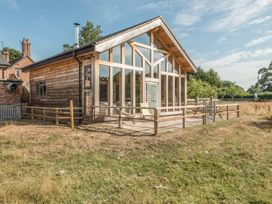 The Tractor Shed - Shropshire - 929789 - thumbnail photo 1