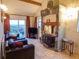 Ty Woods Cottage - Anglesey - 929795 - thumbnail photo 3