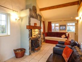 Ty Woods Cottage - Anglesey - 929795 - thumbnail photo 4