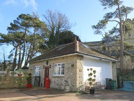 2 bedroom Cottage for rent in Niton Undercliff