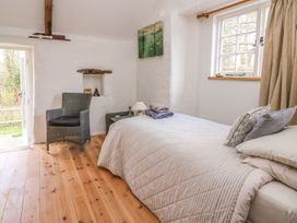 Hawthorn Cottage - South Wales - 930004 - thumbnail photo 28