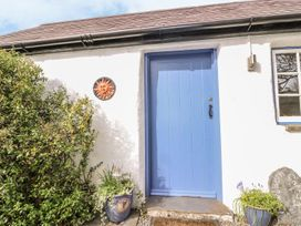 Hawthorn Cottage - South Wales - 930004 - thumbnail photo 42