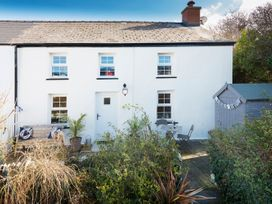 3 bedroom Cottage for rent in Aberporth