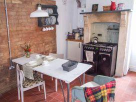 Woodland Cottage - Cotswolds - 930291 - thumbnail photo 5