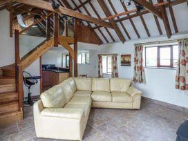 The Long Barn - South Wales - 930622 - thumbnail photo 5