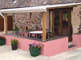 The Long Barn - South Wales - 930622 - thumbnail photo 2