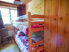 Acorn Lodge - South Wales - 930857 - thumbnail photo 10